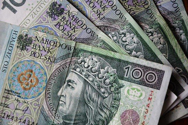 banknoty sto złotych